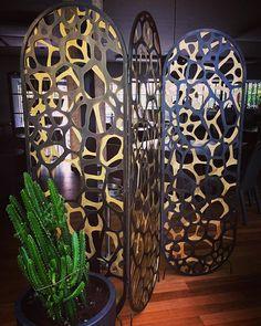Bronze Coral Screen designed by Eleftherios Ambatzis / twentyOne restaurant Kifissia Screen Design, Objects, Coral, Bronze, Restaurant, Vase, Instagram Posts, Home Decor, Decoration Home