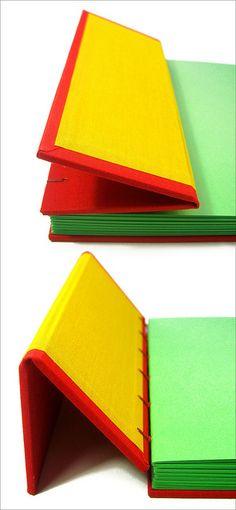 Flex vermelho e amarelo by Zoopress studio, via Flickr