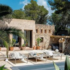 Stunning exterior outdoor sun ☀️ and relaxed pool setting. Privacy and peace ✌️ Dream Home Design, My Dream Home, House Design, Menorca, Outdoor Spaces, Outdoor Living, Pool Bed, Future House, My House