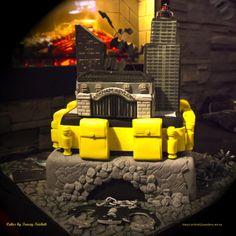 Batman Cake Gotham City