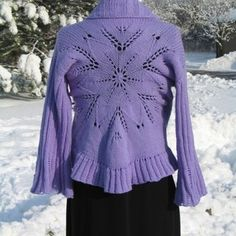 This sweater is gorgeous!