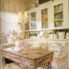 . Cottage Shabby Chic, Cocina Shabby Chic, Style Shabby Chic, Shabby Chic Homes, Shabby Chic Decor, Cottage Farmhouse, French Cottage, Cottage Style, Farmhouse Sinks