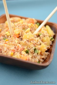 I thought I would try to add pineapple to my own fried rice and it turned out great! Something about the sweetness of the pineapple with the salty savory fried rice just makes this dish one of my favorites Veggie Recipes, Asian Recipes, Dinner Recipes, Yummy Recipes, Dinner Ideas, Healthy Recipes, Rice Dishes, Food Dishes, Main Dishes