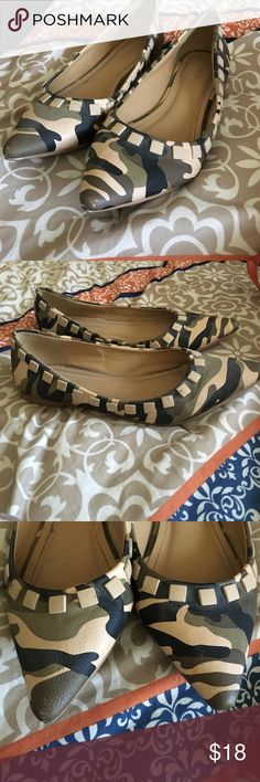 Army Camo Flats with Studs Cute pointy camo flats with stud accents ! Small little scuffs shown . Shoes Flats & Loafers