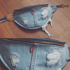 « it s all in the details every fanny is hand made from scratch madeinlosangeles levi fannypack bumbag fanny pack denim Diy Jeans, Jeans Refashion, Levis Jeans, Artisanats Denim, Denim Purse, Mochila Jeans, Jean Diy, Denim Ideas, Denim Crafts