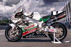 Incredibile. #Honda #VTR #SP2 #motorcycles #bikes #castrol #infullgear @honda @castrolmoto