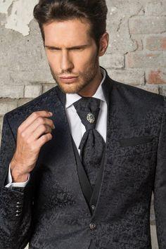 m103-luxusny-pansky-oblek-svadobny-salon-valery