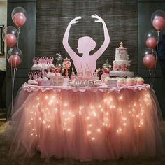 Festa Bailarina: Ideias para Decorar a sua Festa Ballerina party decoration with little lights flashing on the table ballerina Barbie Birthday Party, Ballerina Birthday Parties, Barbie Party, First Birthday Parties, Birthday Party Themes, First Birthdays, Ballerina Party Decorations, Birthday Decorations, Ballet Cakes