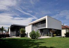 Versteckter Zwilling : Moderne Häuser von Udo Ziegler | Architekten