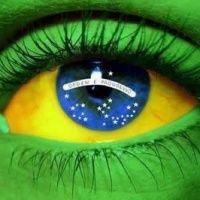 Olho com a bandeira do Brasil