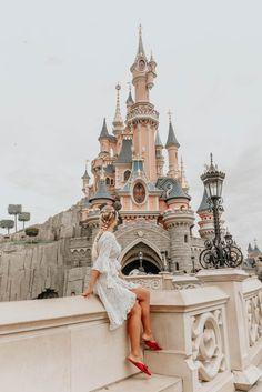 DISNEYLAND PARIS | TRAVEL DIARY #48 – The Little Blonde Life