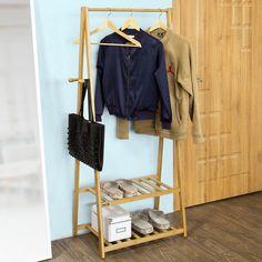SoBuy FRG94-N Garde-robe Penderie à vêtement Porte-manteau Valet de chambre en bambou avec deux étagères: Amazon.fr: Cuisine & Maison