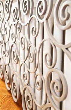 Przykład ozdobnej osłony z ornamentami na grzejniki żeliwne