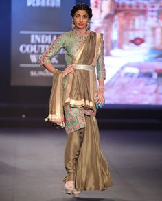 Debarun - India Couture Week '15 - Off The Runway
