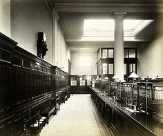 London & Westminster Bank, 91 Westminster Bridge Road, May Interior view of the banking hall at the Lambeth branch of the London and Westminster Bank London History, British History, Vintage London, Old London, Waterloo Station, Elephant And Castle, Westminster Bridge, English Heritage, Greater London