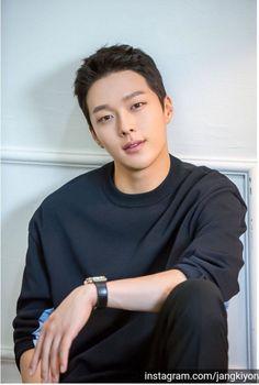 Korean Male Actors, Handsome Korean Actors, Korean Celebrities, Asian Actors, Celebs, Hot Korean Guys, Hot Asian Men, Korean Men, Asian Boys