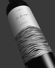 Dospordos on behance Wine Bottle Design, Wine Label Design, Wine And Liquor, Wine And Beer, Wine Label Art, Wine Labels, Wine Packaging, Graphic Design Layouts, Packaging Design Inspiration