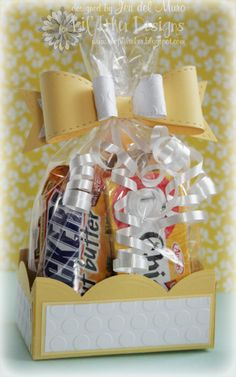 Box of Sunshine Tutorial.  Love the paper bow on top!