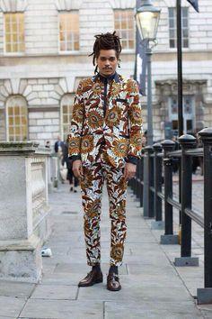 African fashion, mens suit, london street fashion, dent de man Raddest Looks… Street Style Fashion Week, Look Street Style, Fashion Mode, Trendy Fashion, Mens Fashion, Fashion Ideas, Trendy Clothing, Fashion Menswear, Suit Fashion