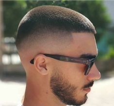 36 Cool & Stylish Haircuts for Men 2019 - Frisuren Manner Stylish Haircuts, Cool Haircuts, Hairstyles Haircuts, Haircuts For Men, Cool Hairstyles, Popular Haircuts, Short Hairstyles For Men, Trendy Haircut, Hair And Beard Styles