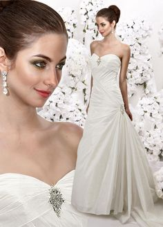 Charming sweetheart A-line chapel train bridal gowns