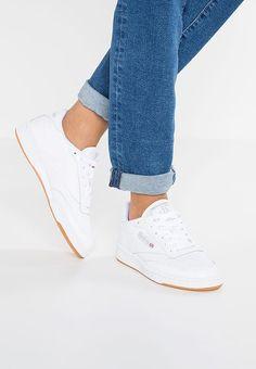 efd37f4069971 Chaussures Reebok Classic CLUB C 85 - Baskets basses - white light grey  blanc