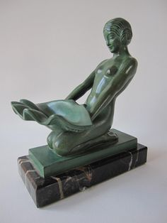 CUEILLETTE BY Max LE VERRIER Reference n°31 Height : 16 cm Length : 14 cm Weight : 1,7 kg