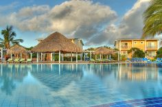 Melia Cayo Santa Maria hotel, especially designed for the enjoyment of couples and families, surrounded by beautiful beaches and lush tropical vegetation. This property offers facilities for incentives groups and a special wedding and honeymoon program. A perfect complement for an unforgettable holiday.