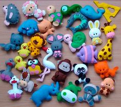 Felt animals by ukrainianall on Etsy Foam Crafts, Diy And Crafts, Sewing Crafts, Sewing Projects, Felt Crafts Patterns, Diy Quiet Books, Animal Projects, Felt Fabric, Felt Diy