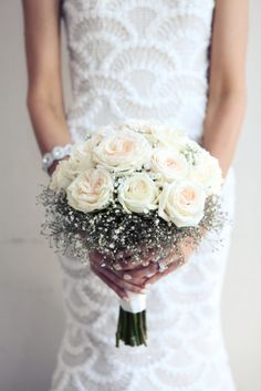 Wedding Bouquets Inspiration : Rose and babys breath bouquet: www. Wedding Looks, Our Wedding, Dream Wedding, Wedding Bouquets, Wedding Flowers, Wedding Trends, Marie, Wedding Planning, Wedding Decorations