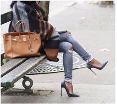 hermes-handbag-chic-outfit- How to rock the outwear jackets http://www.justtrendygirls.com/how-to-rock-the-outwear-jackets/