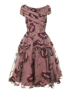 Discover Our Collection of Dresses at Collectif For Exclusive, Vintage Dresses Inspired by Retro Fashion. Best Prom Dresses, Cute Dresses, Vintage Dresses, Beautiful Dresses, Vintage Outfits, Party Dresses, Short Dresses, Tent Dress, Swing Dress