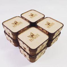 Personalización de cajitas para Maga's Designers #ikarudesign #indsign #diseño #arte #taller #lasercut #diseñocolombiano #diseñovenezolano #igers #igerscolombia #igersvenezuela #arte #art #shop #brand #decoration #decoracion #diseñografico #diseñoindustrial #industrialdesign #design #venezuela #bogota #mexico #branddesign #jewerly #box #woodworking #woodwork #laserengraved by ikarudesign