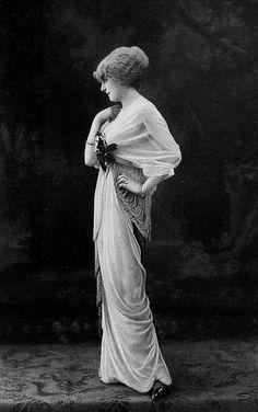 Les Modes (Paris) 1914 Robe du Soir par Redfern