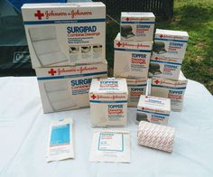 10 BOXED JOHNSON & JOHNSON Gauze & Dressings WOUND CARE SEALED STERILE ABSORBANT #JohnsonJohnson
