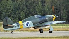 Finnish Hawcker Hurricane, Finland bought 12 Hurricanes during war between Soviet vs Finland in winter 1939-40