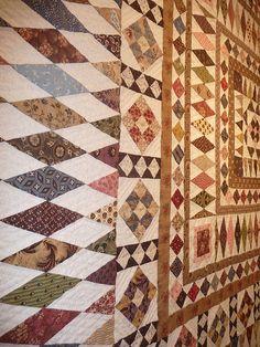 Cette semaine, j'ai eu la possibilité d'aller admirer la célèbre exposition des Quilts de légende à Brouage . Je n'y étais jamais allée avant, mais ce qui est sûr, c'est que je ne raterai pas la prochaine... Pour résumer, c'était mieux que bien : des...