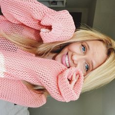 Alli Simpson... i love her so much she is a amazing singer.... i wish i was her or was her friend