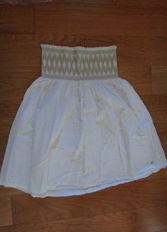 À vendre sur #vintedfrance ! http://www.vinted.fr/mode-femmes/jupes-patineuses/25823155-jupe-dete-blanche-a-smocks-tommy-hilfiger-xs