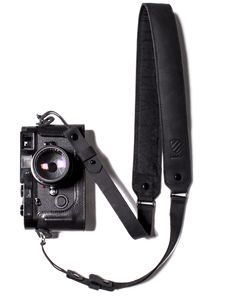 Langly Leather Sling – Langly Camera Bags