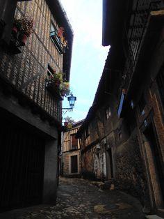 Calle entre la carretera a Mogarraz y la calle Mayor.