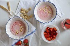 Raw Strawberry-Macadamia Nut Porridge