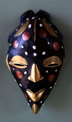 Nigeria - http://nigeria.mycityportal.net - so many masks, so many tribes