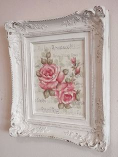 - Do you love shabby chic home decor? How about farmhouse decor? This Shabby Chic Upcy .- Do you love shabby chic home decor? How about farmhouse decor? This shabby chic upcycled photo frame is Cottage Shabby Chic, Cocina Shabby Chic, Muebles Shabby Chic, Shabby Chic Interiors, Shabby Chic Living Room, Shabby Chic Bedrooms, Shabby Chic Style, Shabby Chic Homes, Shabby Chic Furniture