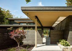 Portola Valley Ranch by Feldman Architecture - Dwell Cedar Siding, Wood Siding, Exterior Siding, Exterior Paint, Sustainable Architecture, Residential Architecture, Modern Architecture, Portola Valley, Architecture