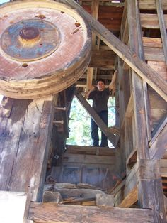 Old stamp mill in Greenhorn Park, Yreka, CA. Yreka California, California History, Gold Mining Equipment, Gold Prospecting, Book Review Blogs, Milling, You Working, Country Living, Just Love