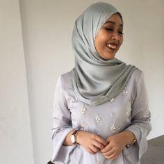 RT @SriNurAfiqah: I feel like i am betraying FV if i buy my cousin's wedding dress from other shops.