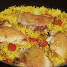 This might be the most effortlessly scrumptious chicken biryani ever. – Rice Recipes This might be the most effortlessly scrumptious chicken biryani ever. Dutch Oven Recipes, Cooking Recipes, Asian Recipes, Healthy Recipes, Indian Food Recipes Easy, Indian Chicken Recipes, Arabic Recipes, Good Food, Yummy Food