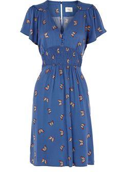 Pretty little 40's style day dress.