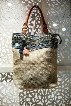 447 Best Bags, Leather, Tote images   Leather totes, Beige tote bags ... 35dbd77aec